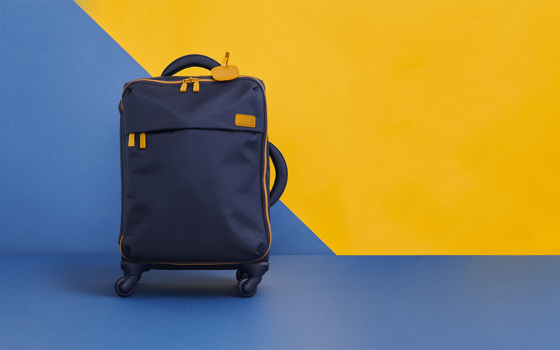 Lightweight suitcases | Trendy handbags | Lipault